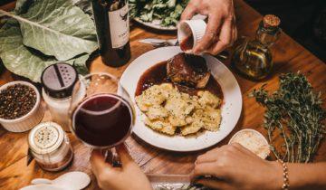 Dokonalá kombinácia: Aké víno sa hodí k vášmu jedlu?